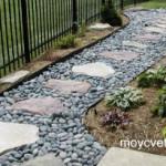 Делаем каменные дорожки на даче